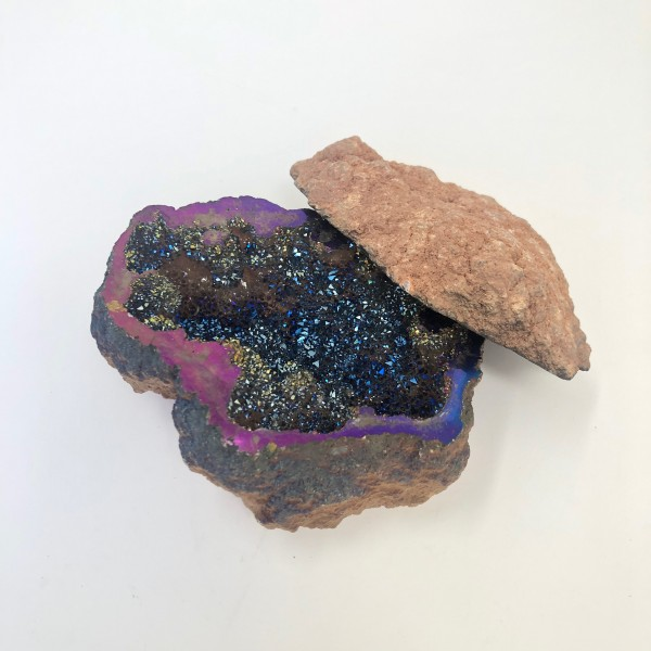 Rainbow Aura Druzy Geode Gift Box for Rings, Brace...